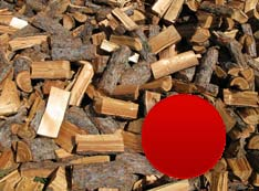 Mäkké ihličnaté palivové drevo (smrek, smrekovec, borovica) voľno ložené, štiepané